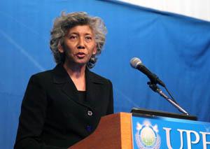 Синди Курвиль, США